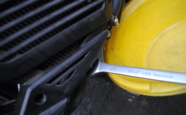 Thay nhớt motul cho xe nouvo sx 125cc - 12