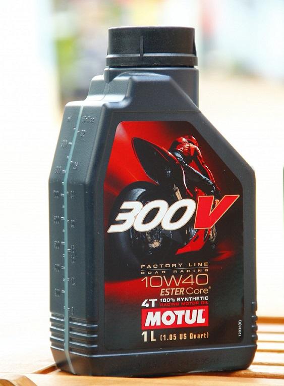 Exciter 2010 cũ có nên dùng nhớt motul 300v không - 2